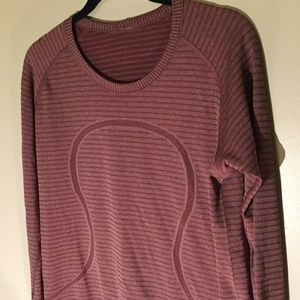 "Lululemon Athletica Top so 12 ""Head Up, Heart Out"""